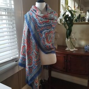 Shiraleah Chicago Blanket Scarf